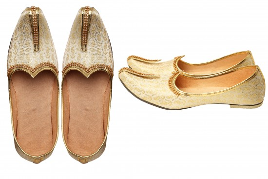 Cream with Gold Brocade Kids Indian mojdi/Shoes